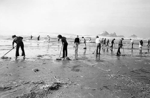 Glass Beach clean-up in the 1990s